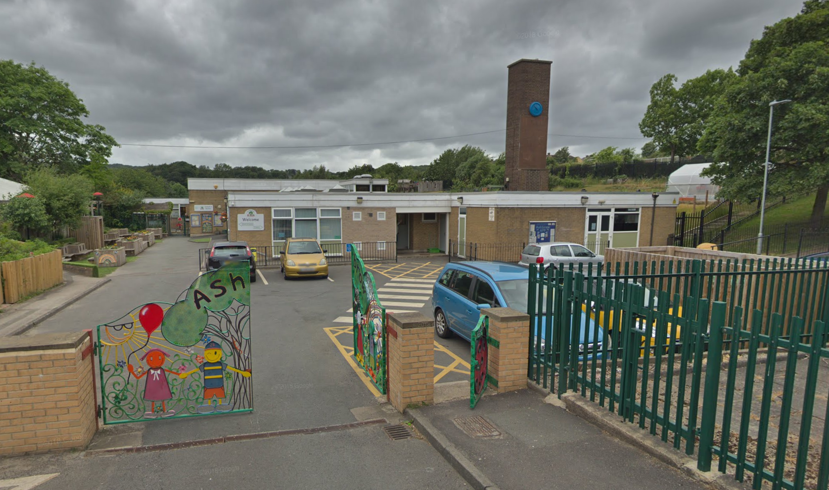 Council to Fund Free School Meals for Kirklees Children During Holidays