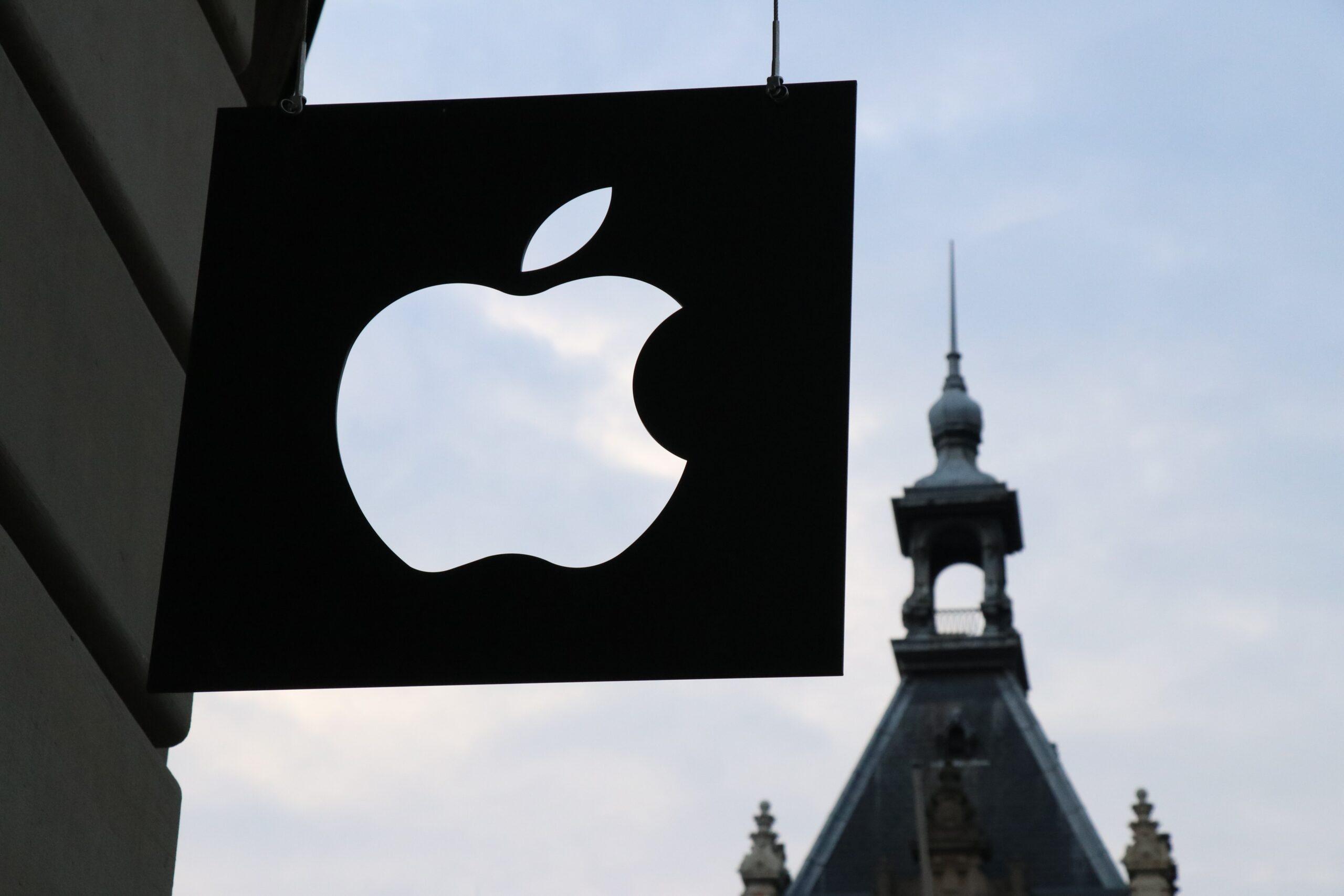 Kirklees Gaming Central | Apple Halves Commission Rate for Small App Developers After Court Battle